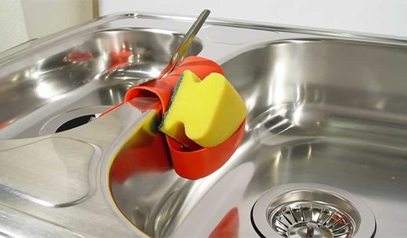 How to remove rust from stainless steel sink