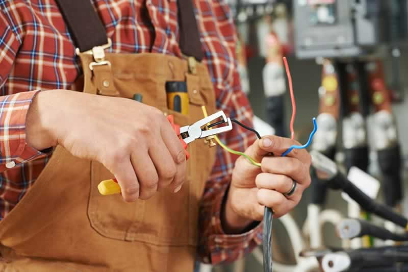 Safety Measures Electrician Should Apply - electrician