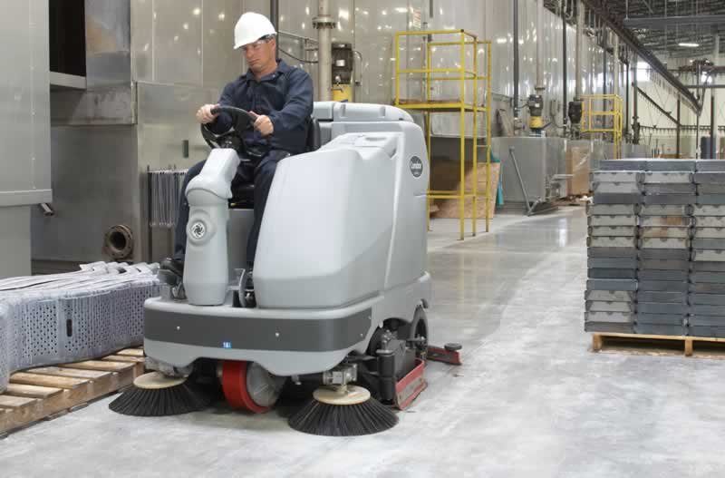 The Importance Of Regularly Cleaning Your Factory Floor - cleaning