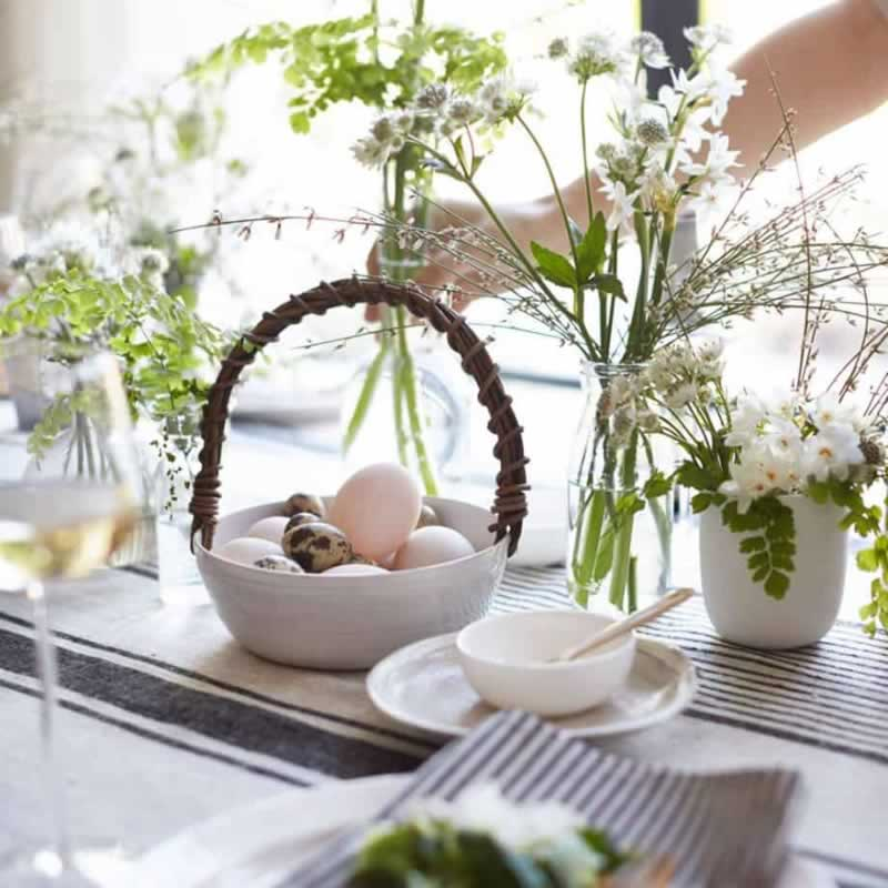 Top Ways to Decorate Your Kitchen This Easter - table