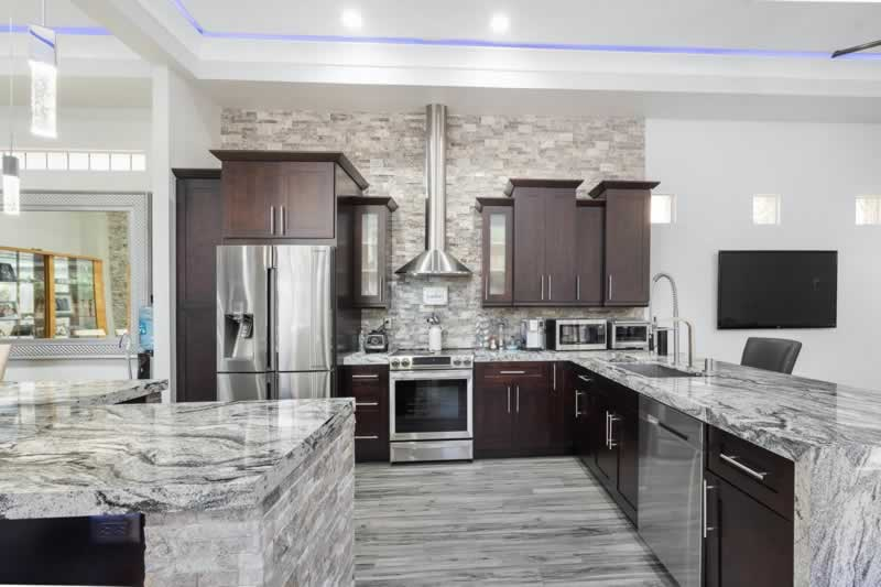 How Much Does a Kitchen Renovation Cost - luxury kitchen