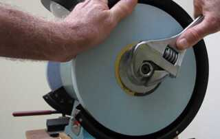 How to Change Bench Grinder Wheels