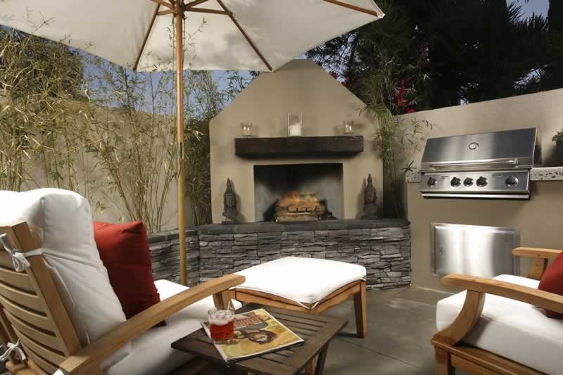 How to Setup a BBQ Area in a Small Backyard