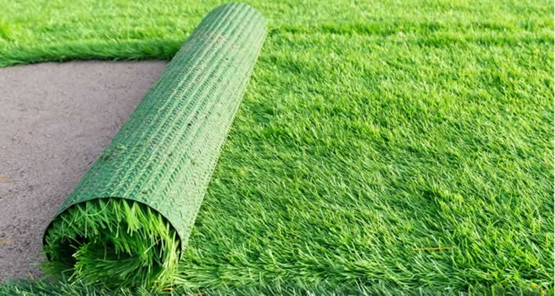 What Should I Do if My Artificial Grass is Old - replacing
