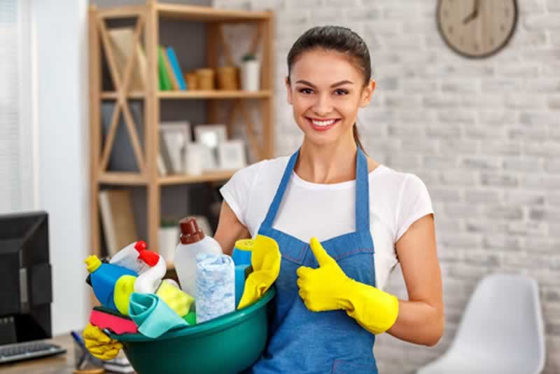 What You Need To Know When Hiring a Maid - maid