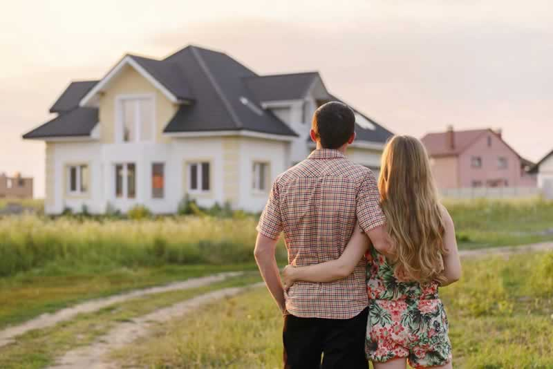 How to Choose Between Buying or Building a House - buying a house