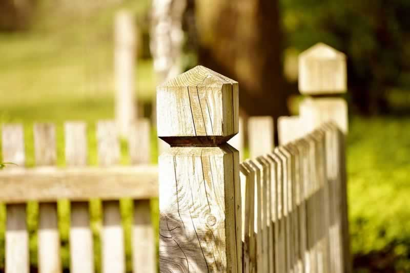 What to Expect in a Fence Company in Oklahoma City - wooden fence