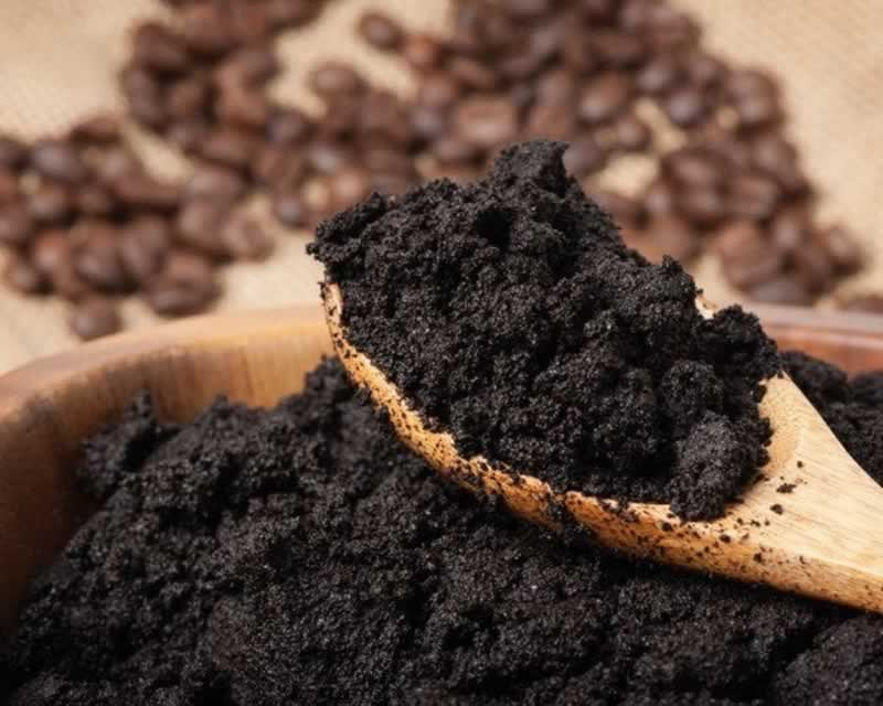 7 Efficient Uses of Coffee Grounds