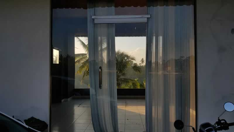 Benefits of Living in a House with Huge Glass Door and Windows - doors