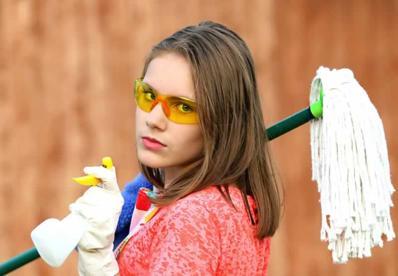 Cleaning Tips After a Home Renovation - cleaning girl