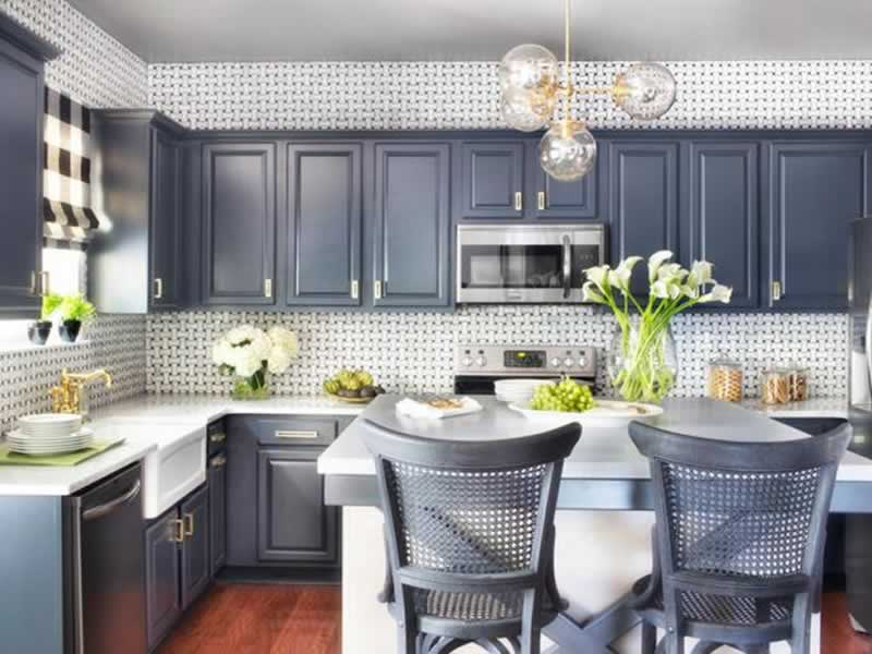 DIY Kitchen Makeover- Get Started With A 500 Dollar Loan