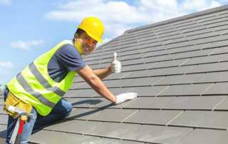 Employer's Guide To Roof Safety - worker