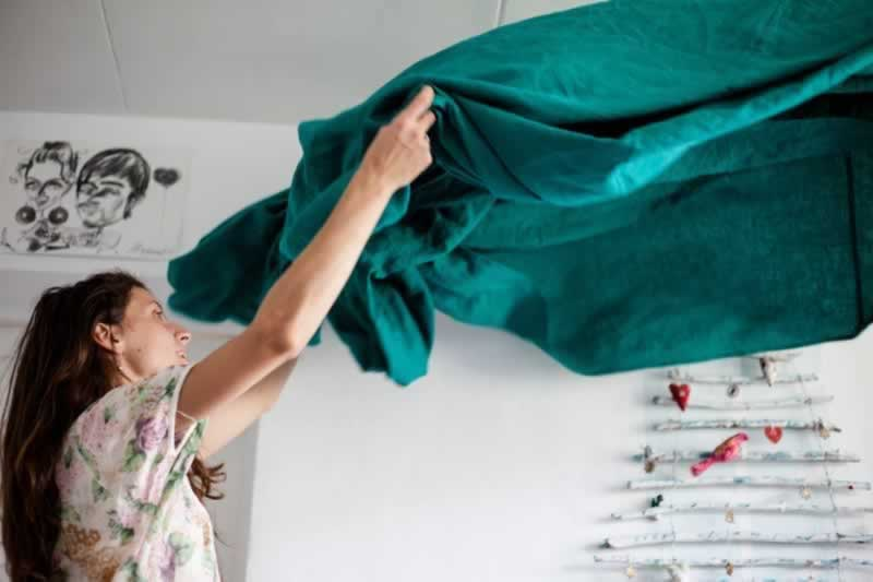 Handy Cleaning Tips That Will Keep Your Home Free From Covid-19 - cleaning