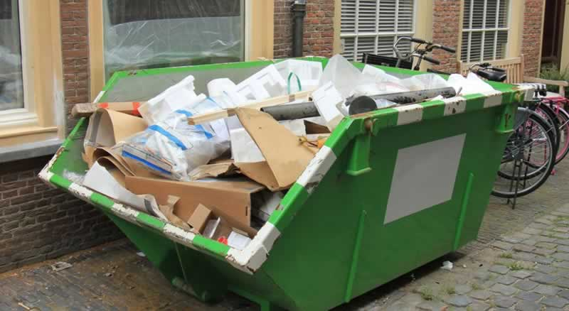 How to dispose of your waste responsibly in a skip - paper waste