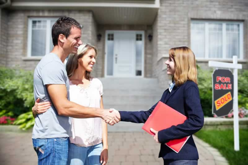 What to Consider When Buying A New Residential Build - real estate agent