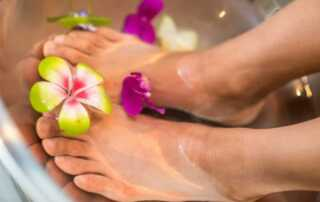 What to Look for When Choosing Pedicure Chairs - pedicure