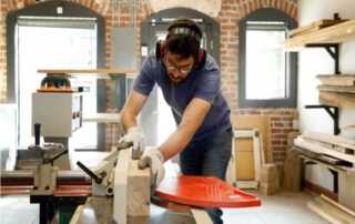 What to Look for in a Woodworker - woodworker