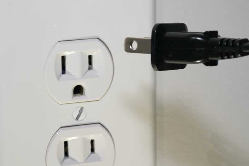 4 Common Electrical Problems and Solutions You Should Know - outlet