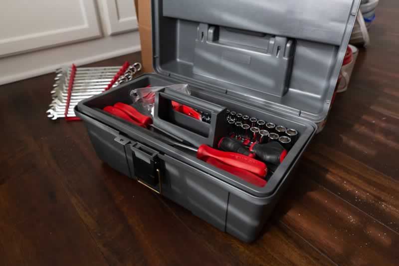 7 Toolbox Essentials for Do It Yourself Projects