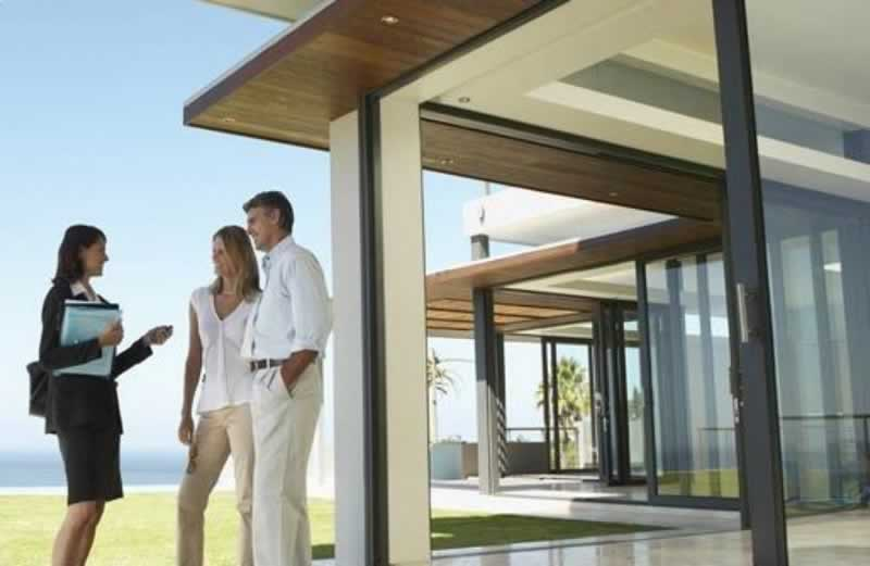 8 Benefits Of Using A Property Management Company - property manager