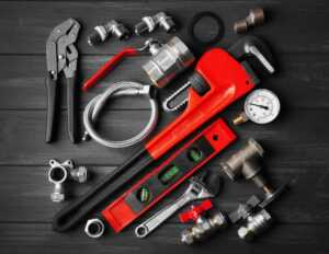 Basic Tools Every True Plumber Needs in His Set - plumber set