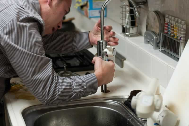 How to Fix Your Kitchen Sink with These 4 Tips