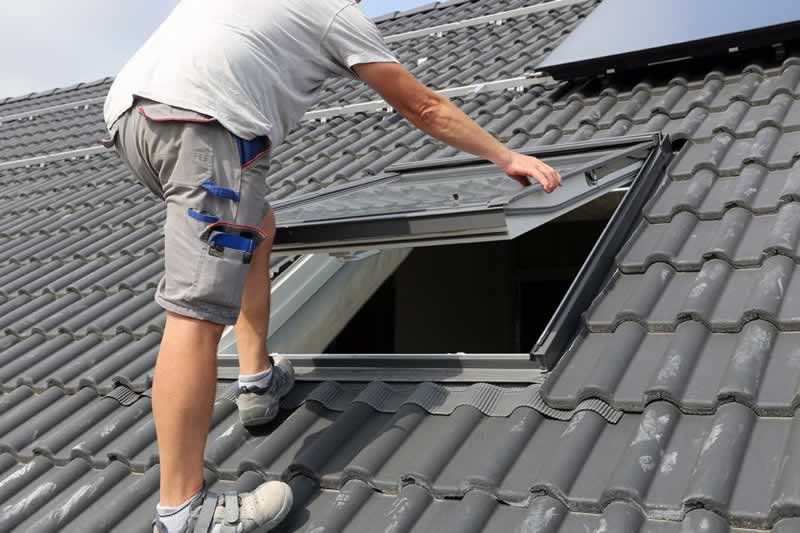 Improve Your Living Space with Roof Windows - installing roof window
