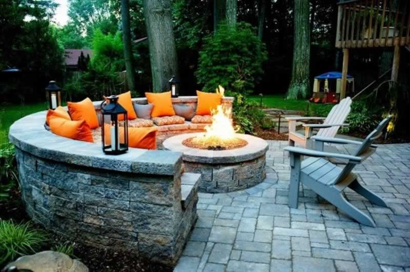 Using Firepits, Retaining Walls and Water Features in your Landscape - firepit