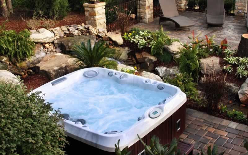 When Getting a Jacuzzi or A Hot Tub, Don't Forget the Pumps - difference