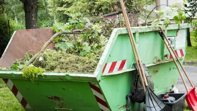 Why Skip Hire Service is Ideal for Garden Cleaning