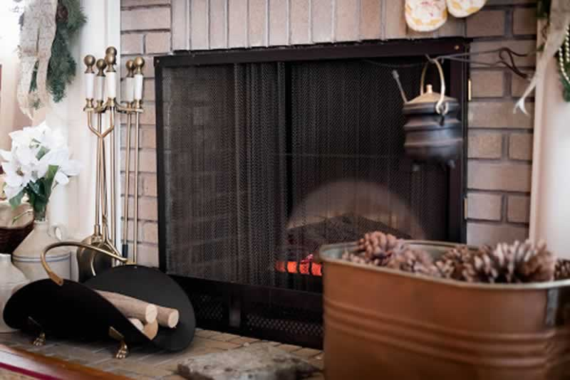 4 Home Repairs You Need to Consider Before the Winter - fireplace