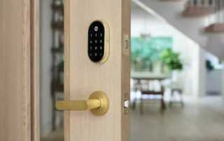 How To Choose A Door Lock For Your Front Door - smart lock