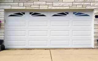 How To Maintain The Look Of Your Garage Door - maintaining garage door