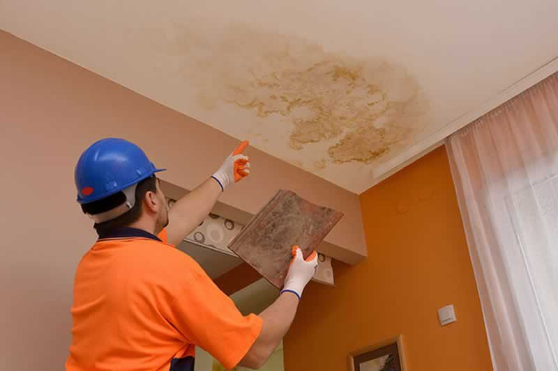 How a leaking roof can damage your home