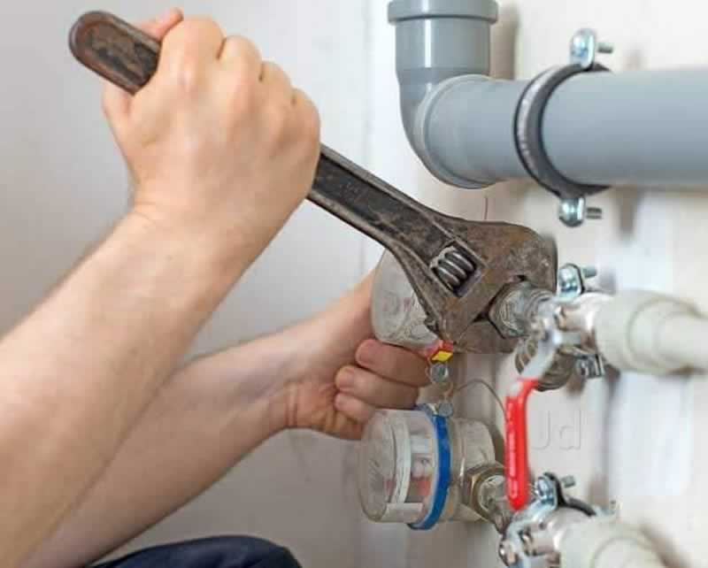 Keep These Things in Mind When Hiring a Plumber - plumbing repair