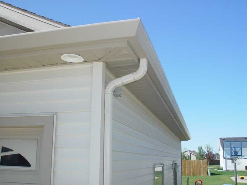 Seamless Gutters or Regular Gutters