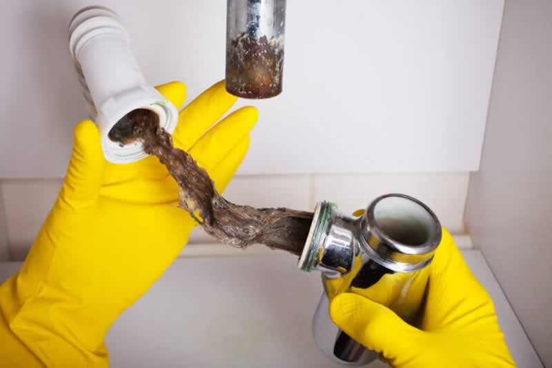 Six Warning Signs of a Clogged Drain - clogged drain