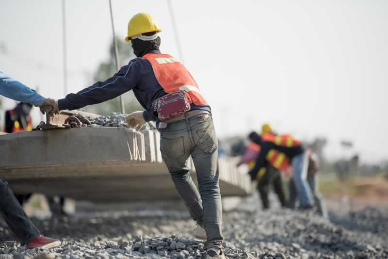 What are the three main causes of construction site accidents