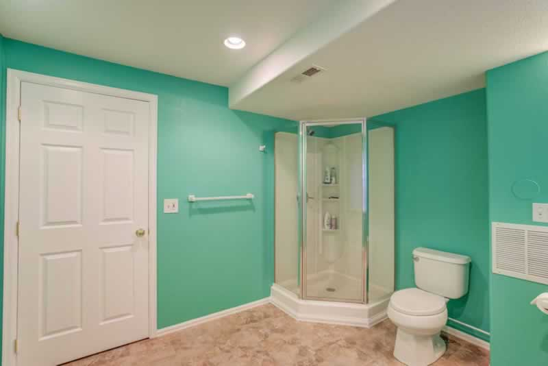 5 Tips To Remember While Painting Your Bathroom - painted bathroom