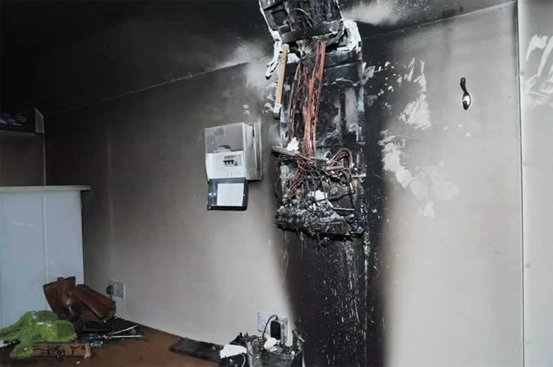 How to prevent short-circuit and electrical accidents - burned fuse box