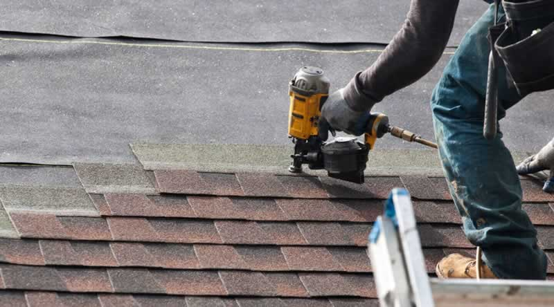 Tips on Finding Expert Roofing Contractors in San Diego - roofer