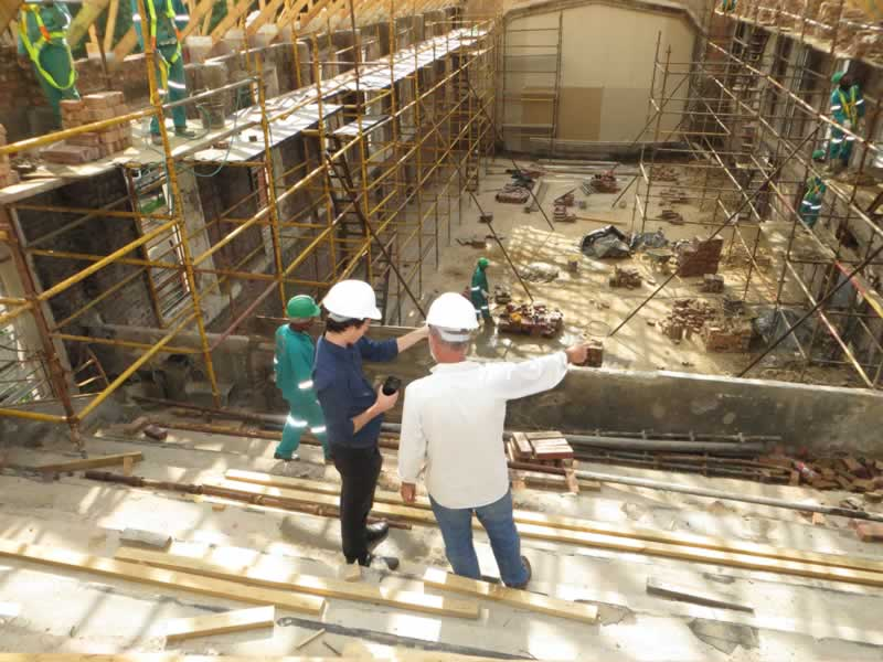 What Is Usually Done in Each Phase of Construction Planning - supervising