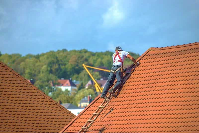 Why You Should Hire the Best Licensed Pensacola Roofer - roofer