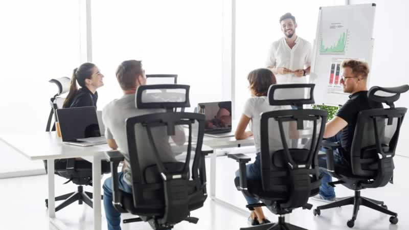 Benefits Of Using An Armless Office Chair