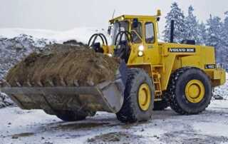 Best Practices for Operating Heavy Equipment During the Winter Season