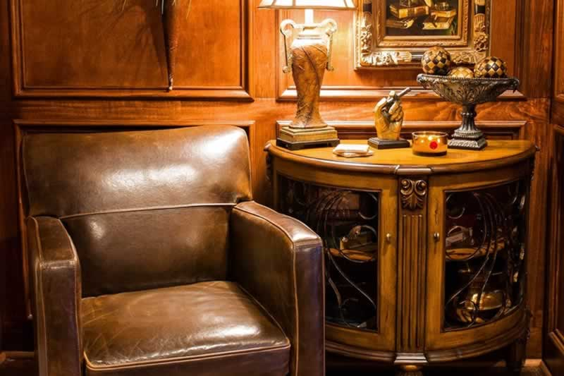 Design Tips For Your At-Home Cigar Lounge - small lounge