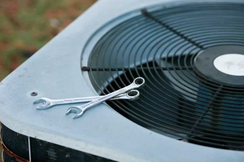 Early Signs of AC Problems You Need to Be Aware Of