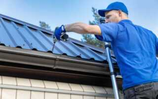How To Find A Top Rated Roofing Contractor In Colorado Springs - roofer