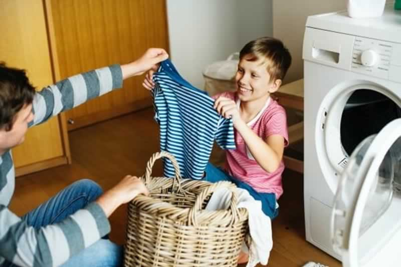 How to Protect Your Hands While Doing Household Chores