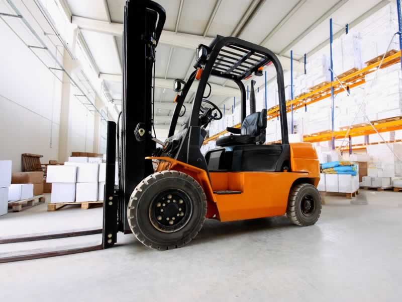 How to Purchase a Forklift for Your Business - forklift